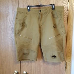 Other - Men's tan shorts